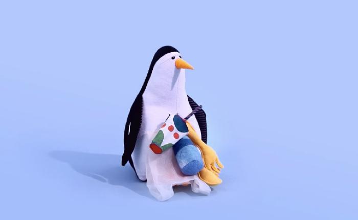 Pollu toy สื่อการสอนแนวใหม่ ตุ๊กตาหน้าสุดเศร้า เพื่อเผยไส้ในอันน่าสะพรึง พวกมันกลืนอะไรเข้าไปบ้าง!