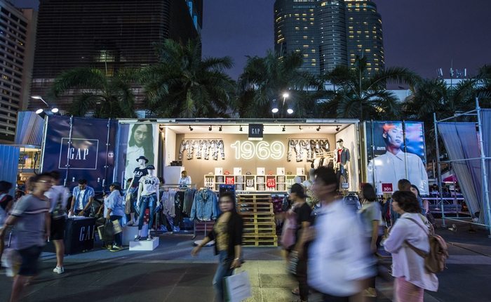 Denim Fashion Truck บุกเมือง!! เปิดประสบการณ์ใหม่ของการช้อปปิ้ง ด้วย Pop Up Store สุดล้ำจาก GAP