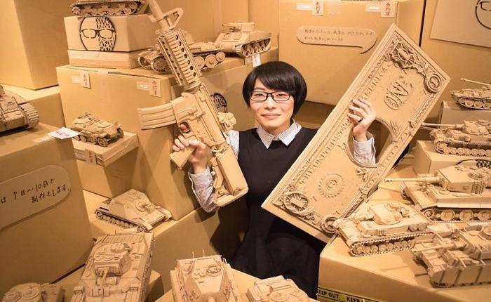 เก๋สุด ๆ !! เมื่อสาวญี่ปุ่นระเบิดไอเดียสร้างสรรค์ เปลี่ยนกล่องพัสดุ Amazon เก่า ๆ เป็นงานศิลปะสุดเริ่ดมากมาย