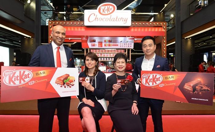 เปิดตัว 'คิทแคท บาร์' ใหม่ แรงบันดาลใจจาก 'คิทแคทช็อกโกลาทอรี่' สู่สองรสชาติพรีเมี่ยมครั้งแรกในเมืองไทย