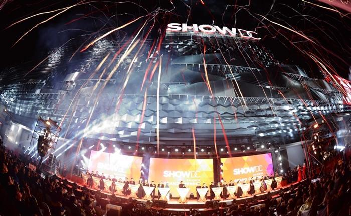 SHOW DC เปิดตัวยิ่งใหญ่ ประกาศเป็น International Entertainment Destination ที่ดีที่สุดในเอเชีย ตั้งเป้าดึงดูดนักท่องเที่ยว 10 ล้านคน
