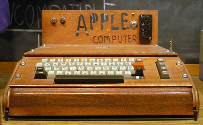 ซื้อไปทำอะไร? คอมพ์เจ้าคุณปู่ Apple 1 ถูกประมูลด้วยราคาสูงลิ่ว 12 ล้านบาท!