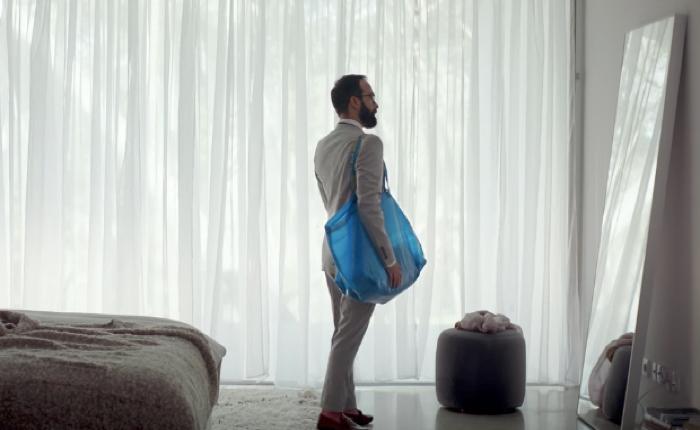"""IKEA หูไวตาไว ทันกระแส Viral ออกโฆษณาใหม่สุดลึกซึ้งย้ำว่า """"ถุงสีฟ้า"""" เป็นถุงของทุกคนบนโลก"""