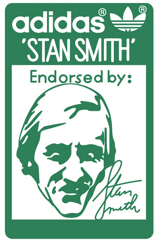 Adidas_Stan_Smith,_tongue_logo,_early_1980s