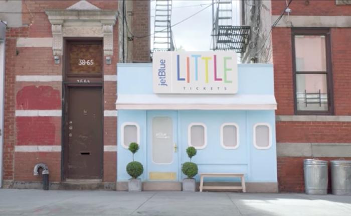โฆษณาน่ารัก Jetblue เปิดร้านทัวร์สีลูกกวาด ให้เด็กๆ ทุบกระปุกซื้อตั๋วพาพ่อแม่เที่ยว