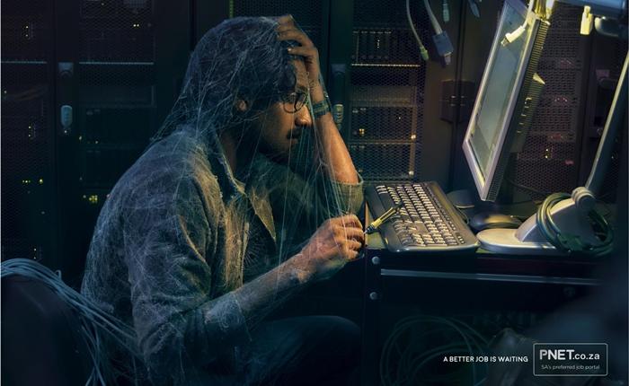 """อย่าปล่อยให้ฝุ่นเกาะ! Print Ad เว็บหางาน ที่บอกเราว่า """"งานที่ดีกว่ากำลังรอคุณอยู่"""""""