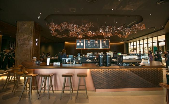 สตาร์บัคส์ เฉลิมฉลองสาขาที่ 300 กับ Starbucks Reserve Experience Bar ให้คนไทยได้สัมผัสกับสุดยอดกาแฟคุณภาพเยี่ยม