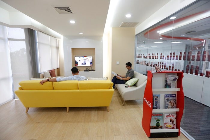 Coke Office3