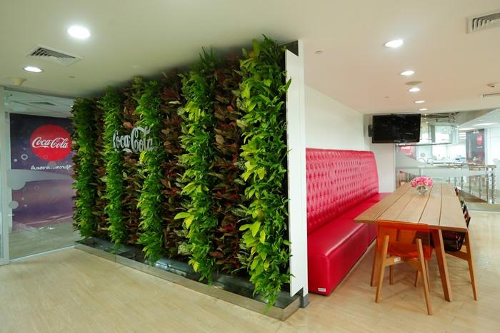 Coke Office7