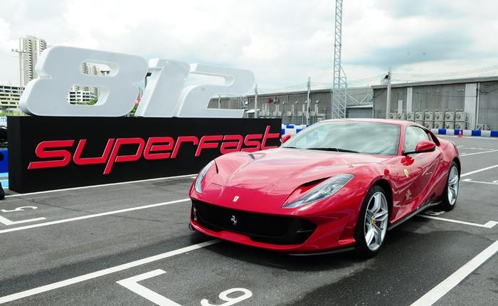 Ferrari_6