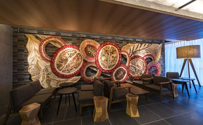 มีระดับไปอีก! 11 ร้านสาขา Starbucks จากทั่วโลก ที่ประดับร้านด้วยงานศิลปะดีไซน์เฉียบโดยศิลปินท้องถิ่น