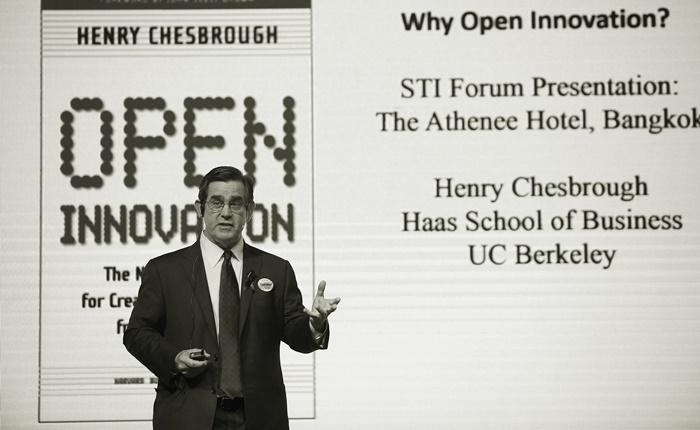 ไอเดียสร้างสรรค์หาได้จากที่ไหน? รู้จัก Open Innovation โอกาสจากแนวคิดและความร่วมมือ