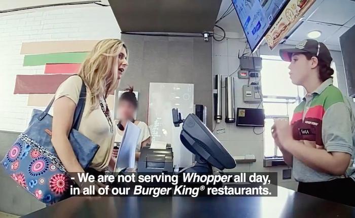 อะไรดลใจให้ Burger King ใจแข็ง! ไม่ยอมขาย Whopper แถมยังชวนคนไปซื้อเบอร์เกอร์ที่ร้านแมค