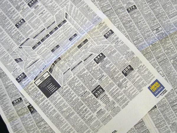 Felipe-Salazar-Karen-Castaneda-Cocinas-Corona-HiperCentro-Optical-Illusion-Newspaper-Ad-3