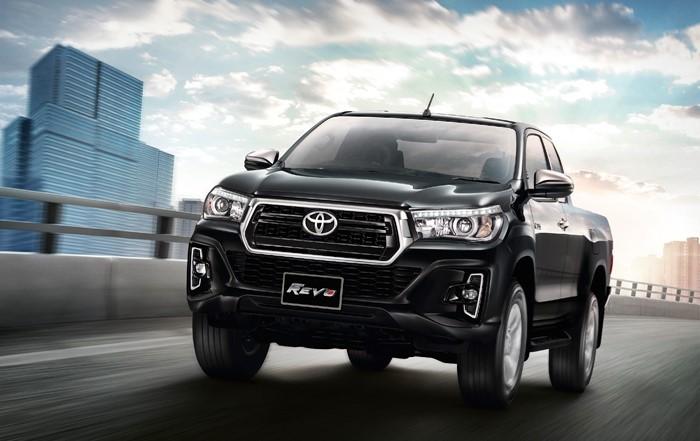 Toyota_REVO_7