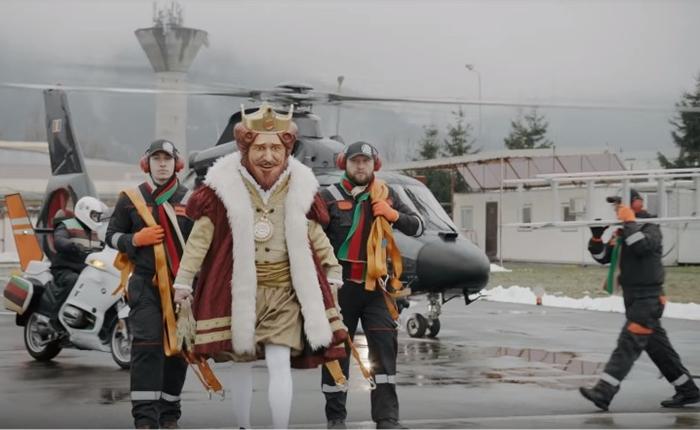 รักกันจริงจริ๊ง! Burger King ส่งมอบไฟให้กับ McDonald's บอกอยากแบ่งปันเทศกาล Christmas ร่วมกัน