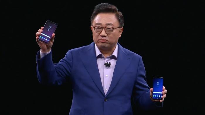 ไม่พลิกโผ! Samsung เผยโฉม Galaxy S9/S9+ กับ 9 ทีเด็ดเทคโนโลยีที่ย่อมาไว้ในมือคุณ