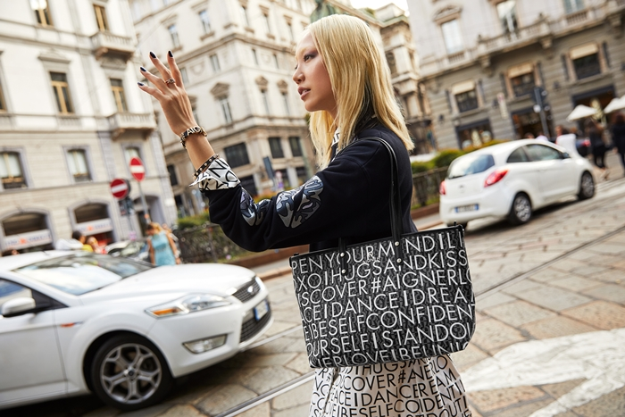 AIGNER_Soo Joo Park+Zoe Bag-ONLY PRESS