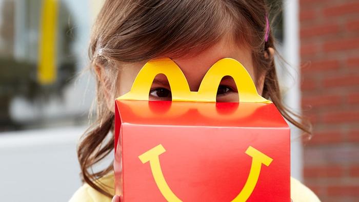 แมคโดนัลด์ ประกาศความมุ่งมั่นที่สนับสนุนครอบครัว ให้ความสำคัญกับเมนูอาหารในชุดแฮปปี้มีล