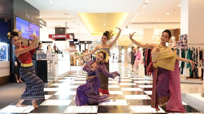 """ชวนหนีร้อนมาสัมผัสบรรยากาศสงกรานต์แบบไทยๆ ในงาน """"A Sense of Thai 2018″ ที่เซ็นทรัลชิดลม-เอ็มบาสซี"""