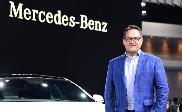 Mr. Frank Steinacher, Vice President of Sales and Marketing of Mercedes-Benz (Thailand) Limited (1)-700