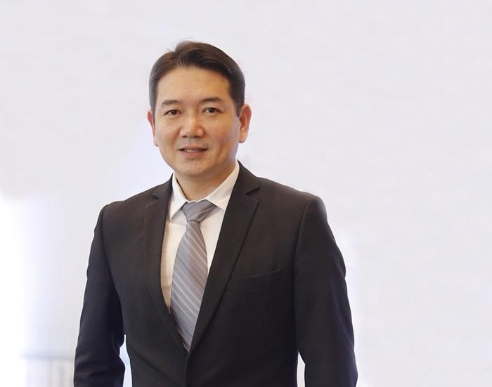 นายพีระพงศ์ จรูญเอก ประธานเจ้าหน้าที่บริหาร บริษัท ออริจิ้น พร็อพเพอร์ตี้ จำกัด (มหาชน) (3)