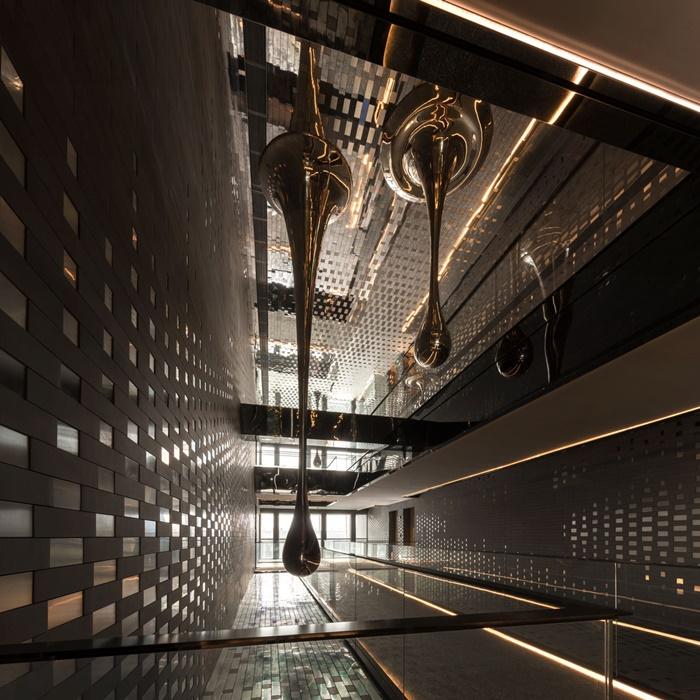 TheMIST-interior2