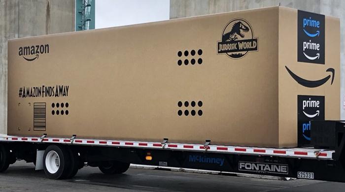 'อะไรอยู่ในกล่อง?' เล่นใหญ่แบบใหญ่จริงๆ กับงานแบบ Offline to Online โปรโมท Jurassic World