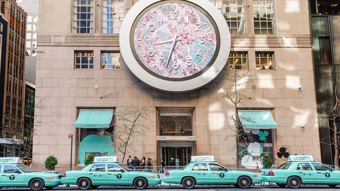 มันก็จะฟ้าหน่อยๆ เมื่อ Tiffany & Co เปลี่ยนแท็กซี่สีเหลืองเอกลักษณ์ของกรุงนิวยอร์กเป็นสีฟ้า