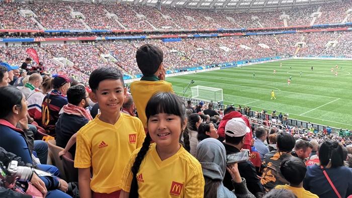 2 เด็กไทยเล่าประสบการณ์ครั้งยิ่งใหญ่ กับภารกิจ 'แมคโดนัลด์ เพลย์เยอร์ เอสคอร์ท' ในมหกรรมฟุตบอลโลก รัสเซีย