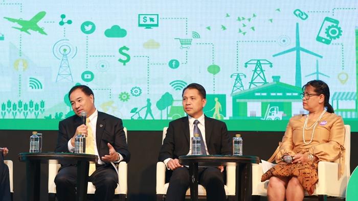 ร่วมค้นคำตอบ 'ประเทศไทย' จะสร้างความพร้อมสำหรับเติบโตได้อย่างไร ในยุค Digital Transformation