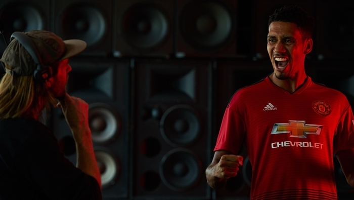 Chivas x Manchester United_SPEAKERS