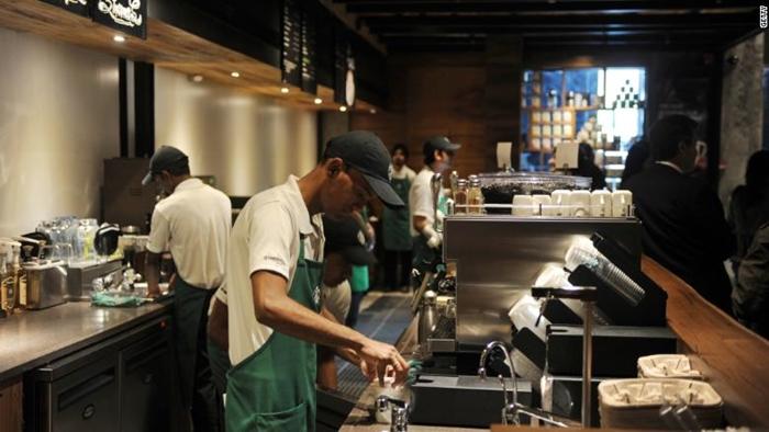 Resize Starbucks Barista (Cr.CNN Money)