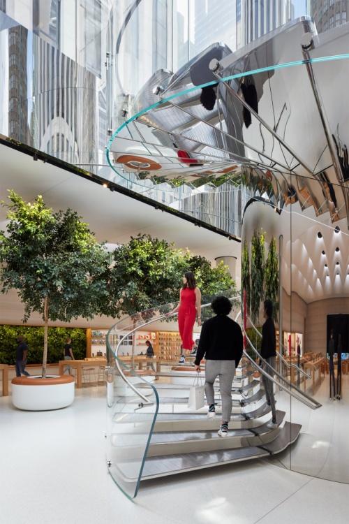 Apple-Store-fifth-avenue-2019-04