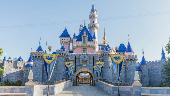 Disneyland-1jpg