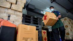"""สหพัฒน์ มอบผลิตภัณฑ์สนับสนุนสภากาชาดไทย ในโครงการ """"มอบชุดธารน้ำใจสู่ผู้สูงวัยที่ช่วยเหลือตัวเองไม่ได้ทั่วประเทศ"""""""